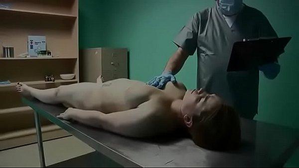 Cena de sexo necrofilia comendo mulher morta