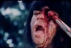 Canibais transando e comendo carne humana