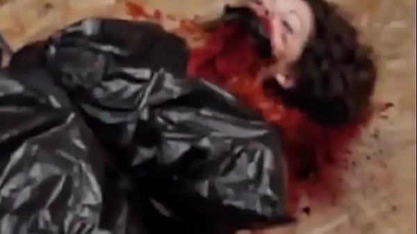 Porno com Homicídio sexual torturando e transando